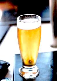 Фото - Алкогольне отруєння: чи можна похмелятись?