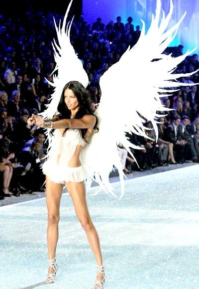 Фото - angelyi-viktorii-sikret-modeli-i-pokaz-mod-20131
