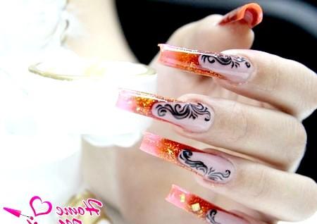 Фото - арочні нігті з розкішним дизайном