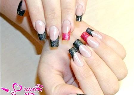 Фото - стильне арочне моделювання нігтів