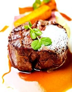 Білки: в яких продуктах містяться білки, їх роль в організмі