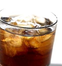 Газовані напої (газованої): шкода, калорійність і кислотність
