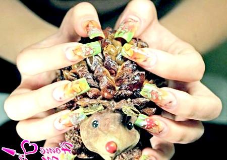 Фото - акваріумний дизайн нігтів на осінь
