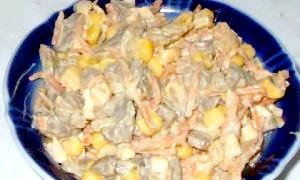 Готуємо салат з курячих сердечок