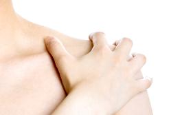Як боротися з болем в руці після видалення молочної залози