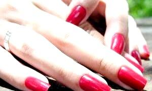 Як швидко зміцнити нігті і як правильно доглядати за ними?