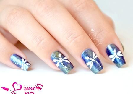 Фото - гарний дизайн нігтів з бабками