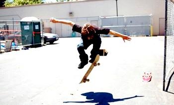 Фото - Навчитися кататися на скейтборді - освоюємо новий вид спорту
