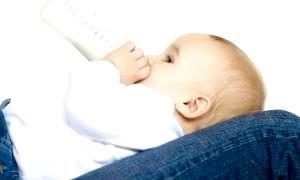 Як відучити дитину від пляшечки, а також навіщо і коли це робити