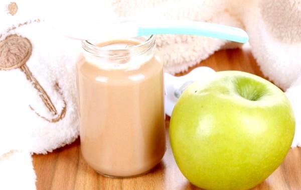 Фото - Малюки люблять яблучне пюре