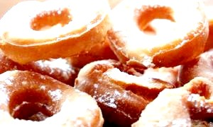 Як приготувати пончики в домашніх умовах: кращі рецепти