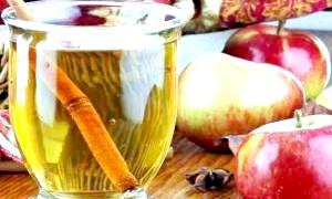 Як зробити вино з яблук: домашні заготовки про запас