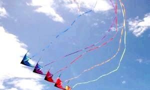 Як зібрати повітряного змія: докладна інструкція для повітроплавців
