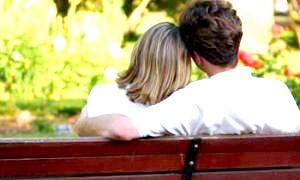 Як дізнатися чи любить тебе дівчина? за словами, очам і поведінці