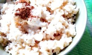Як варити рисову кашу на молоці: смачні й корисні інструкції