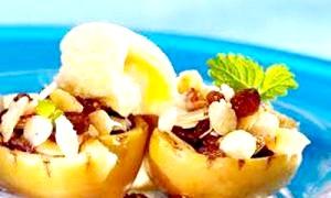 Як смачно і швидко запекти яблука в духовці