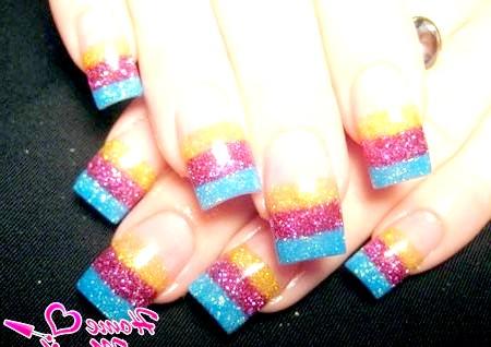 Фото - красиві квадратні нігті з Гліттера