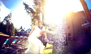 Як вибрати весільного фотографа і не зійти з розуму?