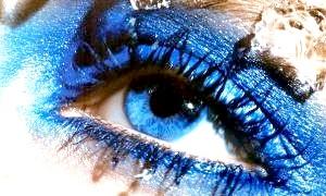 Який вибрати макіяж для блакитних очей?