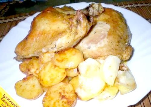 Фото - Стегенця з картоплею і яблуками в духовці