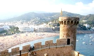 Каталонське місто тосса де мар - любов з першого погляду!