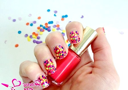Фото - арт-стікери для нігтів в стилі конфеті