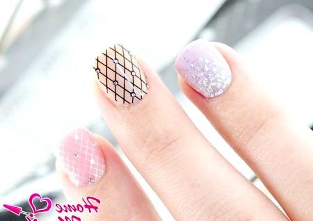 Фото - красиві стікери для нігтів