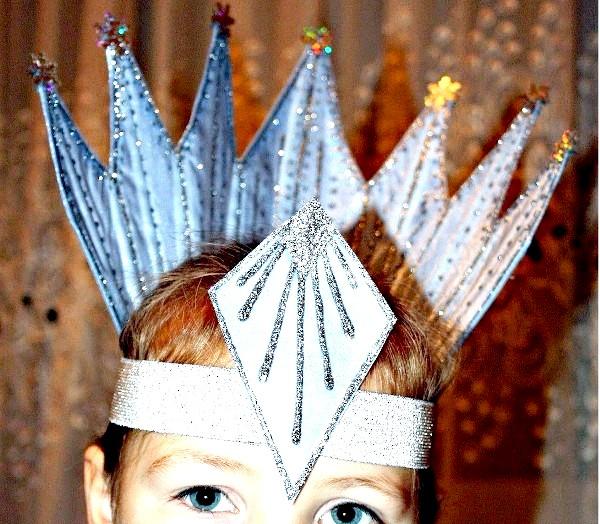 Фото - Корона Снігової Королеви своїми руками з паперу