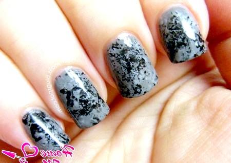 Фото - абстрактний чорно-сірий дизайн нігтів