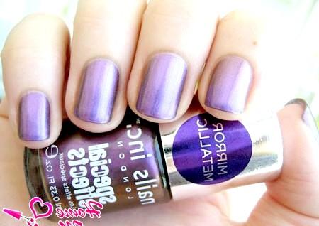 Фото - дзеркальний лак для нігтів фіолетового кольору