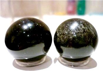 Фото - Що представляє з себе камінь онікс. Фото з сайту nacekomie.ru