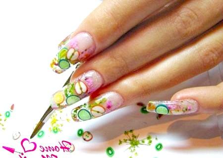 Фото - дизайн нігтів з декором фимо