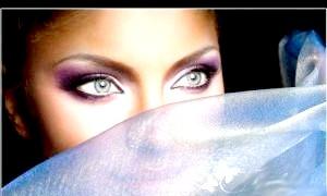 Макіяж - модні тенденції весна-літо 2012