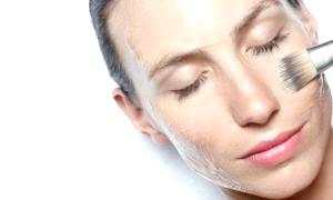 Маска для обличчя з желатину: вирішуємо проблеми нестандартно й ефективно