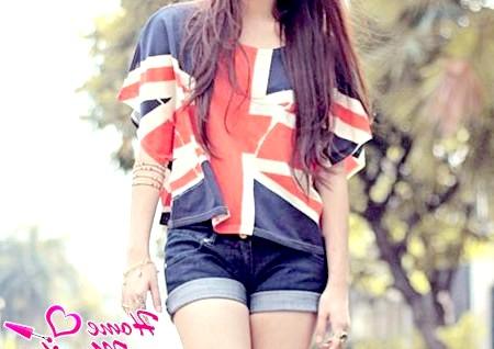 Фото - футболка з прапором Великобританії