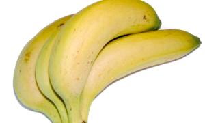 Чи можна годуючим мамам банани - що кажуть фахівці?