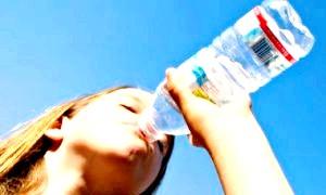 Чи можна пити воду під час тренування? міфи і реальність