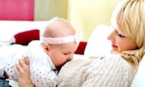 Фото - Грудне вигодовування немовляти