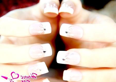 Фото - витончений акриловий дизайн нігтів