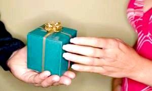 Не знаєте, що подарувати дідусеві на день народження?