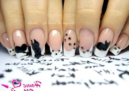 Фото - гарний дизайн нігтів з кошенятами