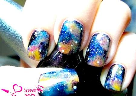 Фото - дизайн нігтів космос