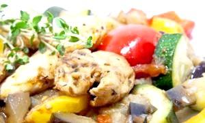 Нове блюдо на кожен день: як смачно приготувати курячу грудку