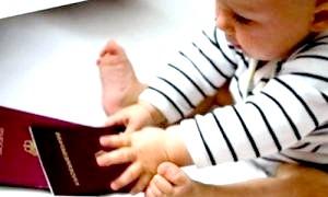 Оформляємо перший документ малюка, або як отримати свідоцтво про народження дитини