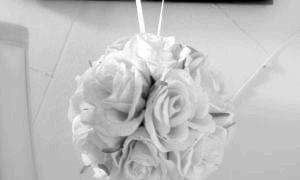 Оригінальні кулі з квітів: як зробити ефектний елемент декору своїми руками