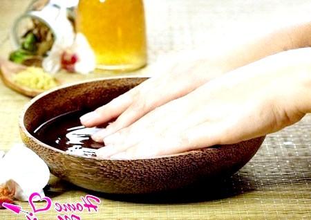 Живильні ванночки - найважливіший елемент догляду за нігтями