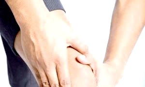 Чому хрустять суглоби?