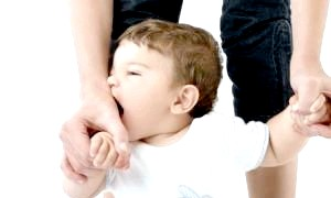 Чому ж наші дітки кусаються? способи відучити їх від цього