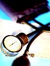Підвищений артеріальний тиск (артеріальна гіпертензія) - небезпечна і непомітна