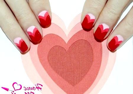 Фото - романтичний нейл-арт на овально-квадратних нігтях